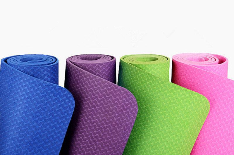 Thảm tập Zeno TPE 2 lớp sẽ trở thành dụng cụ hỗ trợ bạn rất nhiều trong công cuộc rèn luyện sức khỏe và sắc đẹp