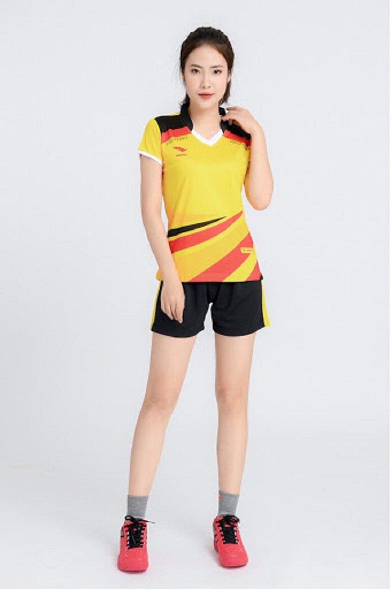 Quần áo bóng chuyền nữ Hiwing H2 màu vàng
