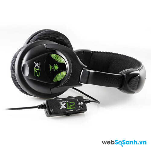 Chiếc tai nghe Ear Force X12