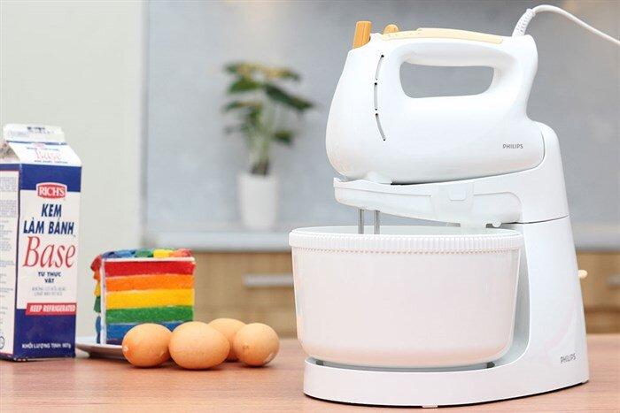 Máy đánh trứng để bàn Philips HR1559