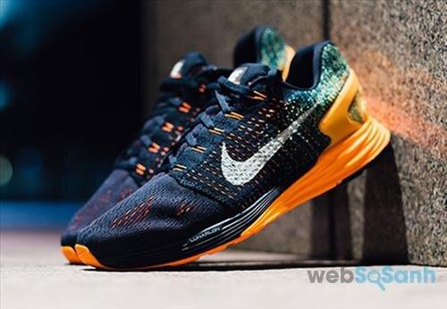 Giày chạy Nike Lunarglide 7