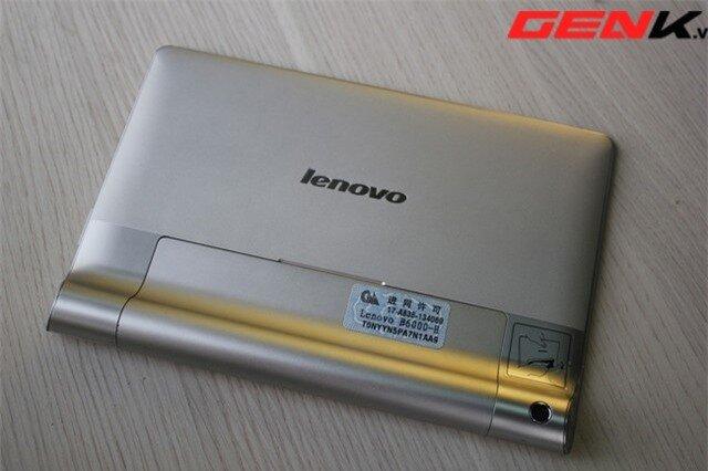Đánh giá máy tính bảng Lenovo Yoga Tablet 8: Thiết kế lạ và pin