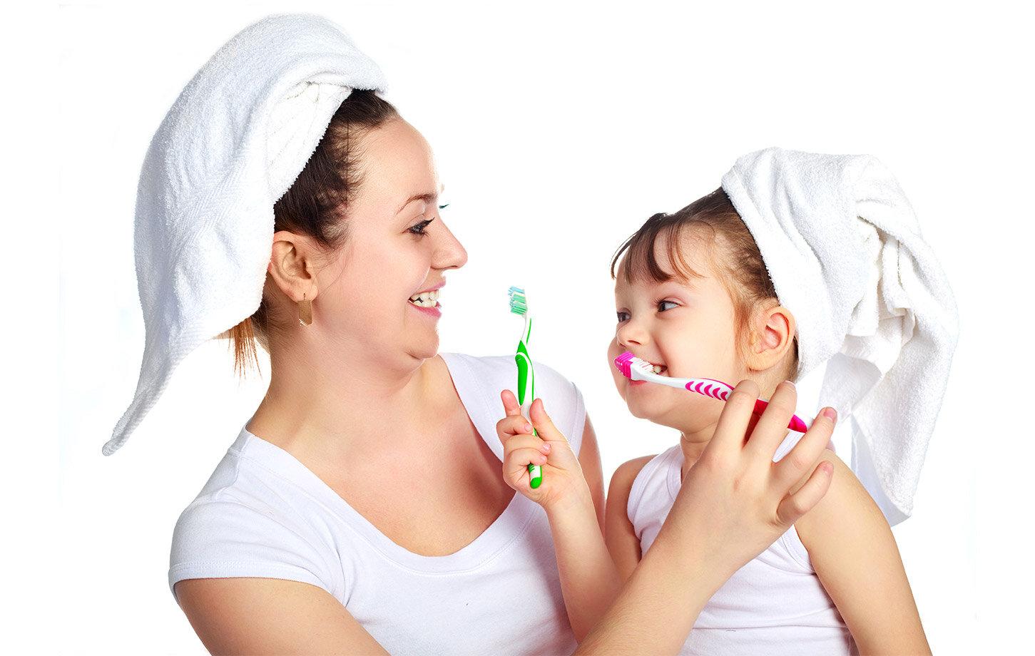 Kết quả hình ảnh cho chọn bàn chải lông mềm cho trẻ