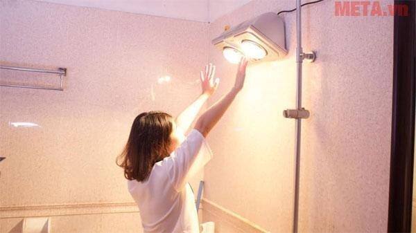 Đèn sưởi giữ sức khỏe cho bạn khi tắm dưới thời tiết lạnh