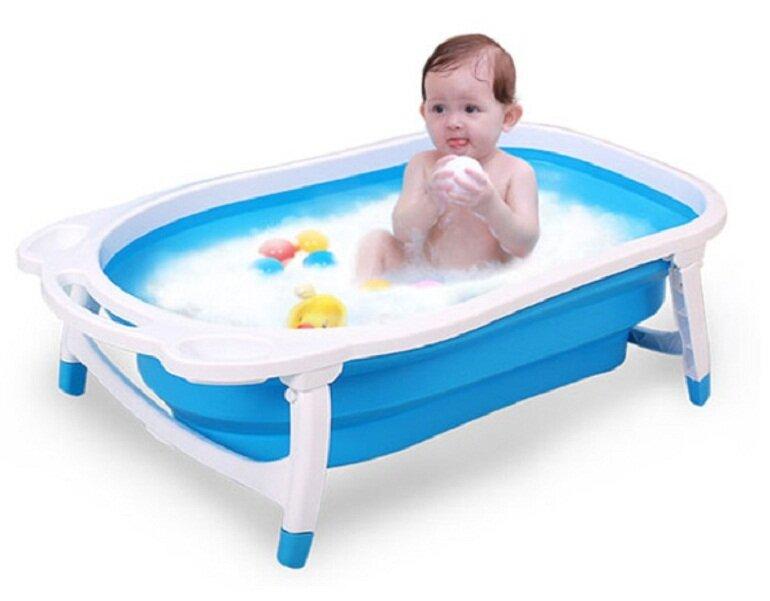 Chậu tắm là vật dụng mà bất kỳ gia đình nào cũng cần có để tắm rửa cho bé yêu mỗi ngày