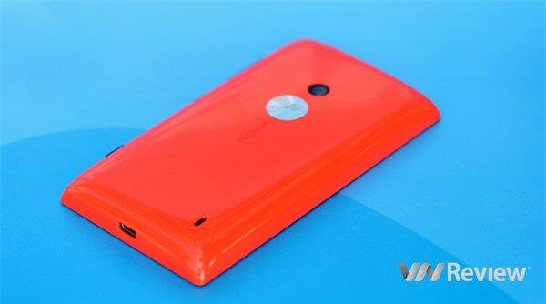 Trên tay Nokia Lumia 525