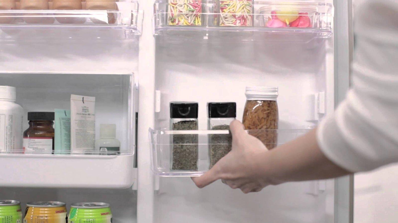 Vệ sinh tủ lạnh Hitachi đúng cách sẽ kéo dài tuổi thọ sản phẩm lâu hơn
