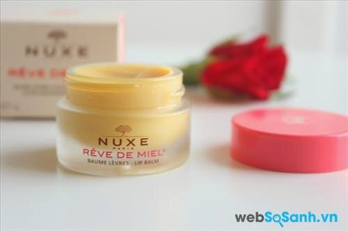 Son dưỡng môi Nuxe Reve de Miel Ultra-Nourishing Lip Balm