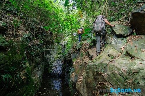 Không phải là đường dễ đi ,nhưng cũng không quá nguy hiểm cho các bạn muốn tập rượt cho những chuyễn trekking lớn hơn xa hơn