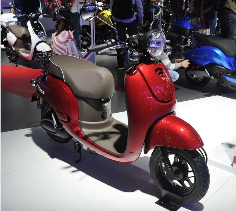 Xe máy điện Honda Mono phù hợp với những ai