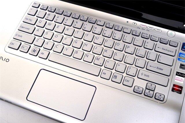 Sony VAIO E Series 14P (SVE14A16FG) 14in notebook