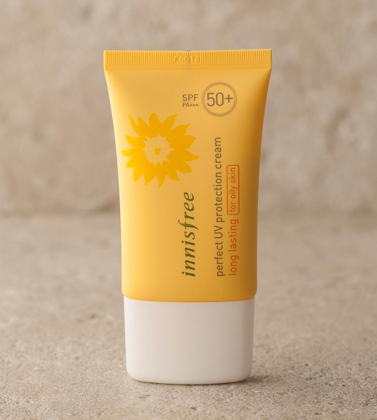 Kem chống nắng Innisfree Perfect UV Protection Cream Long Lasting SPF 50+ PA+++