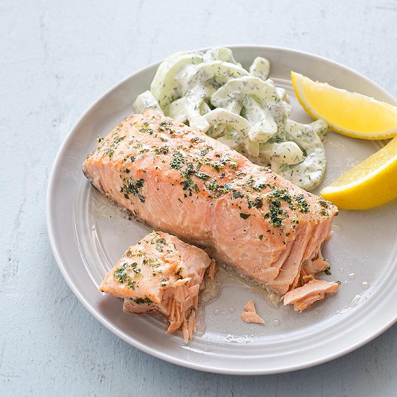 Hỗ trợ bé phát triển toàn diện với những món ăn từ cá hồi, cá thu