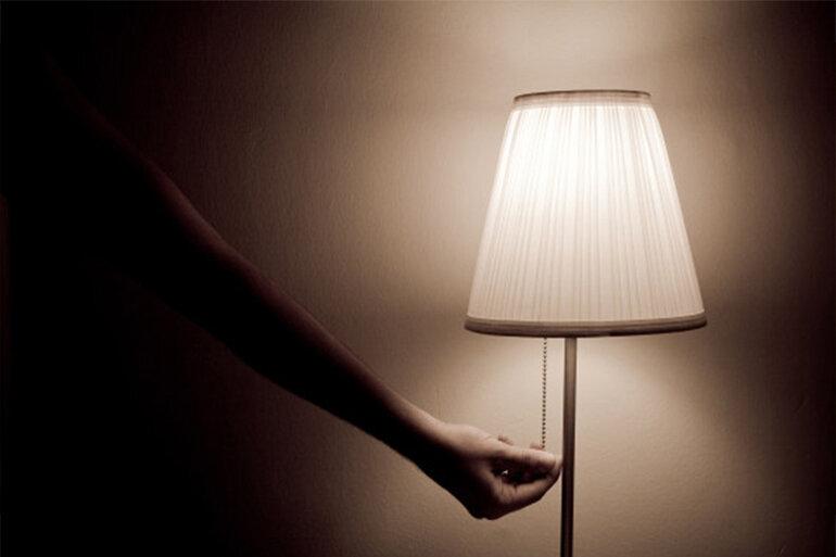 đèn led tắt nguồn vẫn sáng