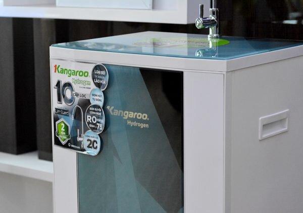Máy lọc nước Kangaroo KG100HP VTU thiết kế đơn giản và chắc chắn