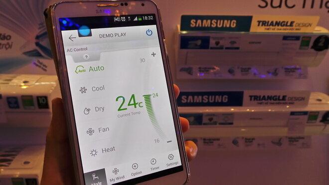Biến chiếc smartphone hay tablet Android hay iPhone và iPad thành điều khiển từ xa (remote control) cho máy điều hòa thông minh có thiết kế tam diện