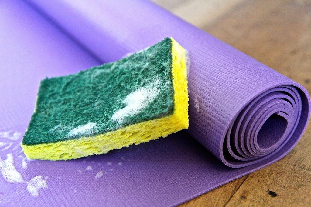 Thảm yoga MK Corp rất dễ làm sạch bằng các biện pháp đơn giản
