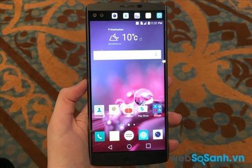 Màn hình chính điện thoại LG V10 có kích thước 5.7 inch, sử dụng tấm nền IPS