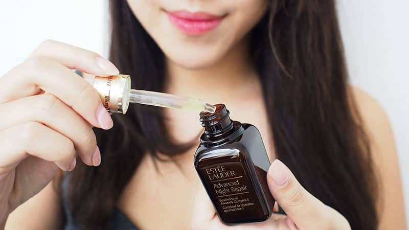 Sử dụng serum và dưỡng ẩm, cách chăm sóc da hiệu quả