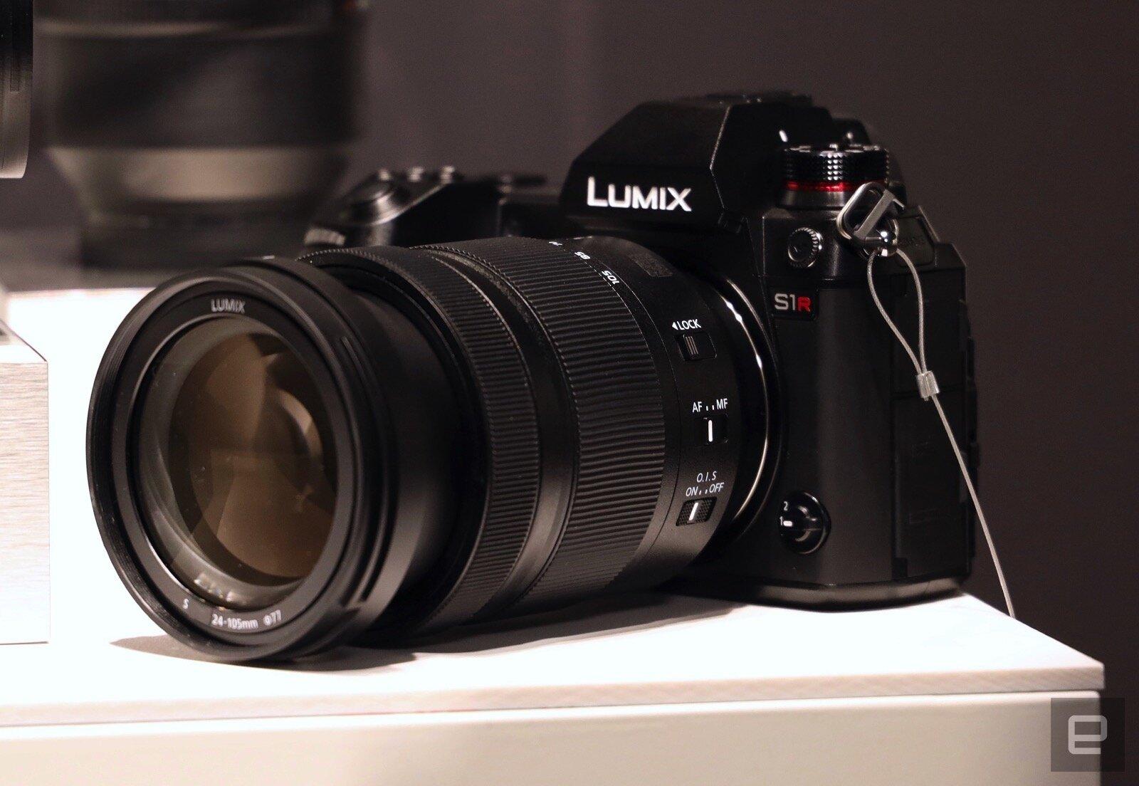 Máy ảnh quay phim nhỏ gọn với cả 2 chức năng