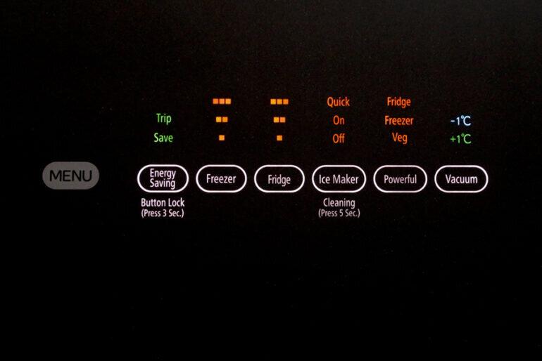 bảng điều khiển tủ lạnh Hitachi G520GV (XK) và G520GV (X) 6 cửa 536L