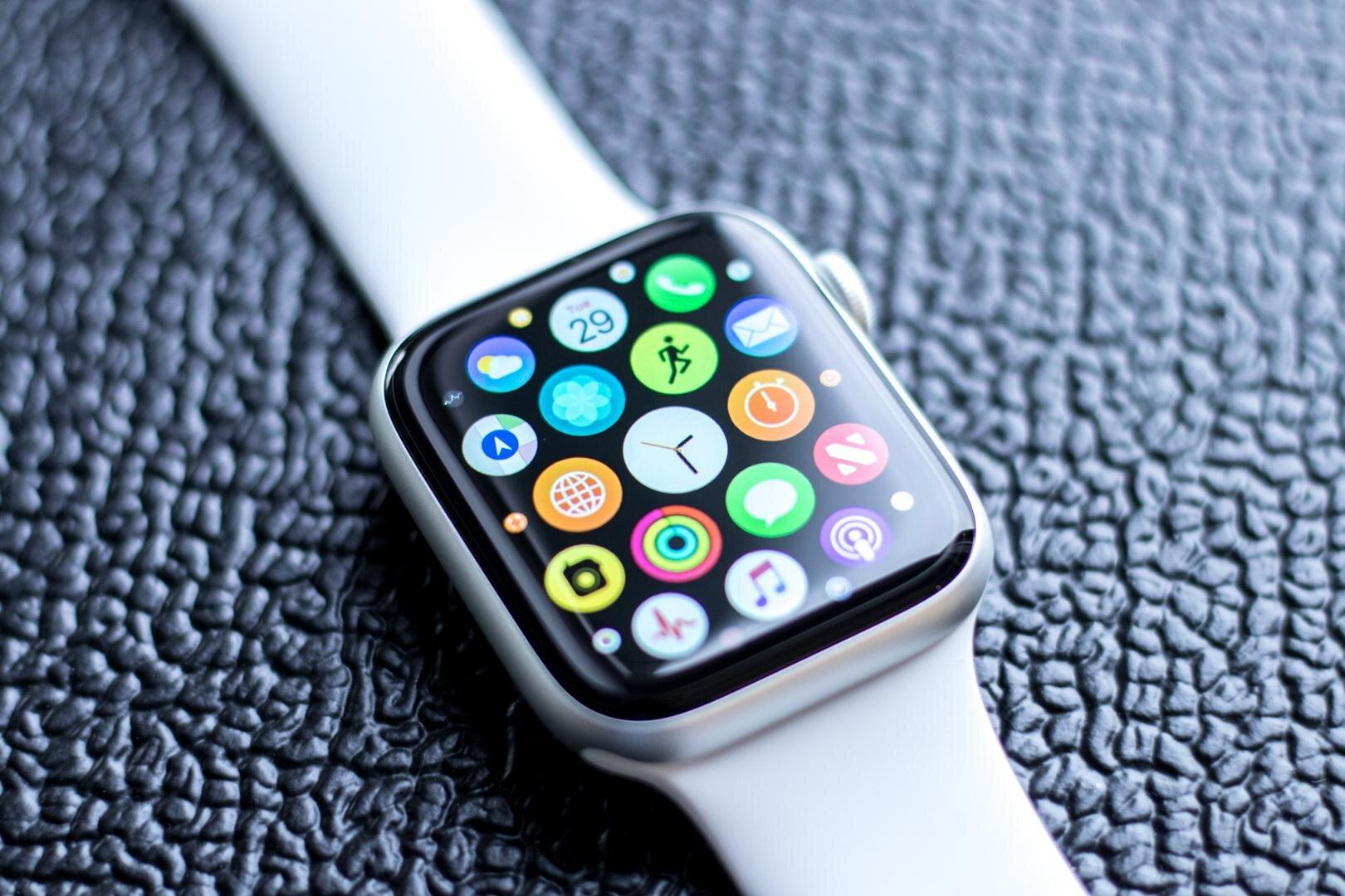 Phiên bản Apple Watch 4 năm 2019 với 3 màu sắc cá tính