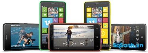 Lumia 625 có màn hình lớn 5 inch nhưng độ phân giải khá thấp, cùng khả năng nhìn dưới ánh sáng mặt trời không tốt