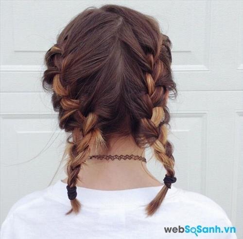 Thêm một kiểu tóc tết rất cá tính cho bạn gái tóc ngắn. Bạn hoàn toàn có thể tết tóc 2 bên như thế này, vừa trẻ trung lại vừa dễ thương!