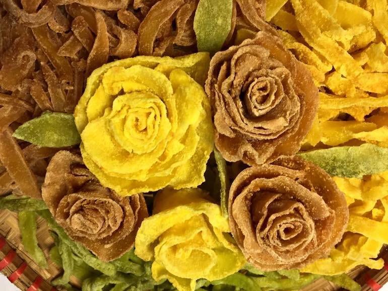 Cách làm mứt khoai tây hoa hồng cho ngày xuân thêm rạng ngời
