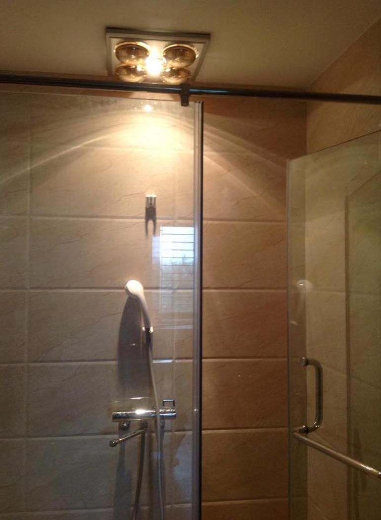 Đèn sưởi nhà tắm âm trần cho hiệu quả sưởi ấm cao