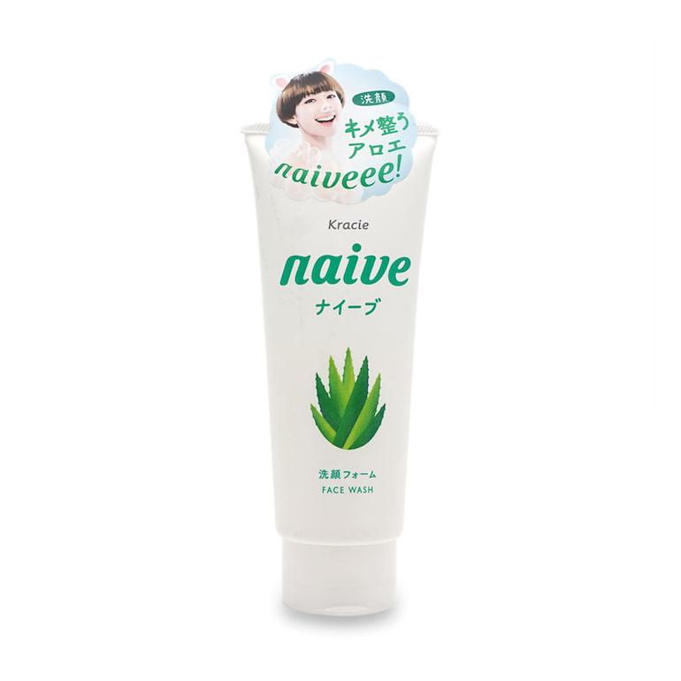 Sữa rửa mặt lô hội Naive dành cho mọi loại da