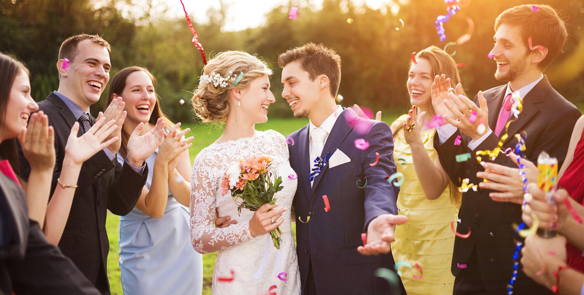 Hãy tận hưởng không khí đám cưới của chính mình!