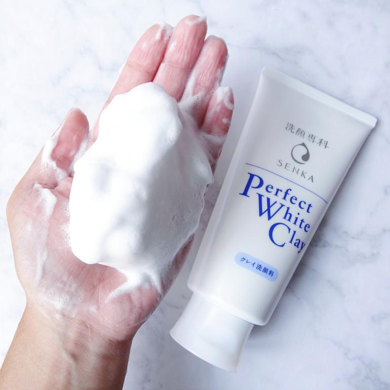 Những ưu điểm và nhược điểm của sữa rửa mặt Perfect White Clay