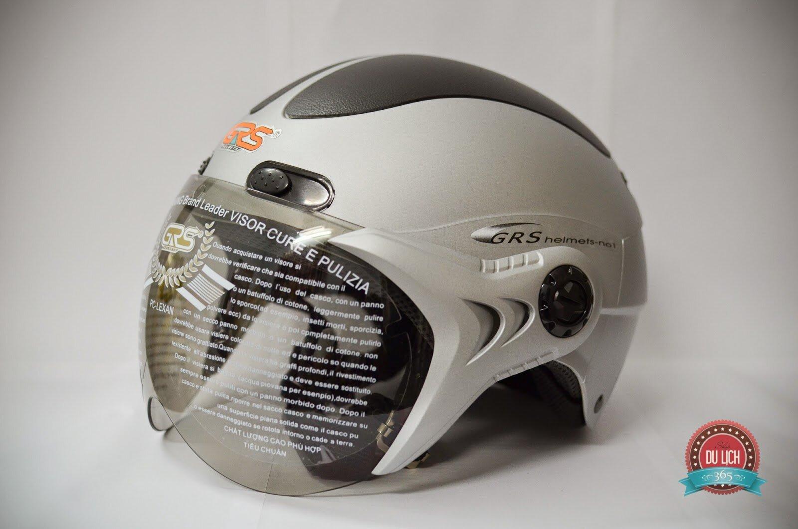 Nón bảo hiểm 1/2 có kính GRS