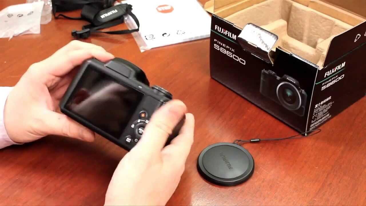 Máy ảnh Fujifilm S8600 được những nhiếp ảnh gia chuyên nghiệp đánh giá rất cao.