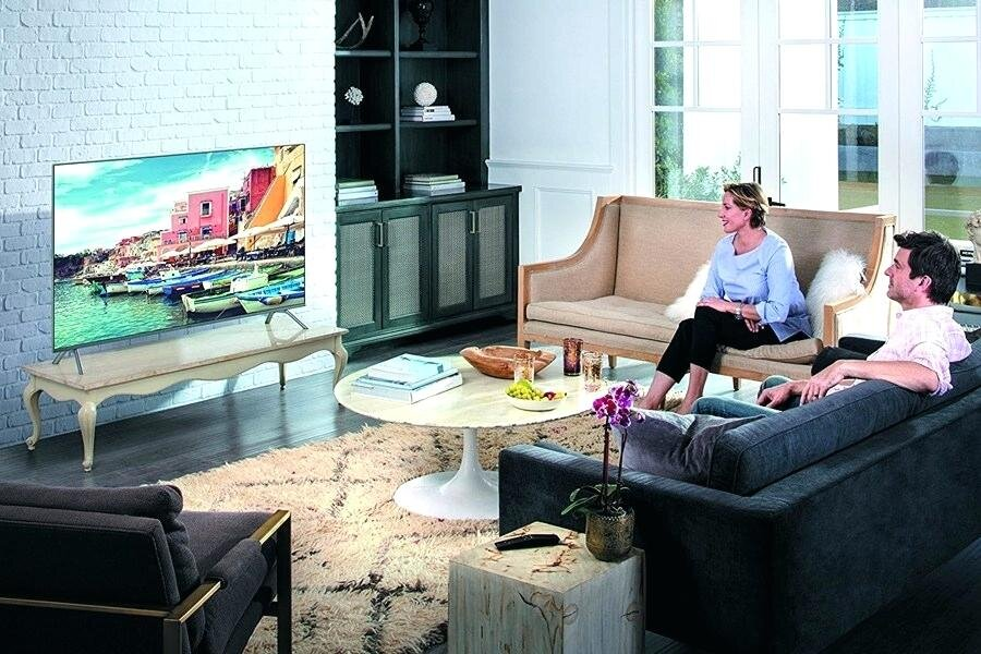 Smart tivi LED của TCL mang thiết kế đơn giản nhưng không kém phần hiện đại