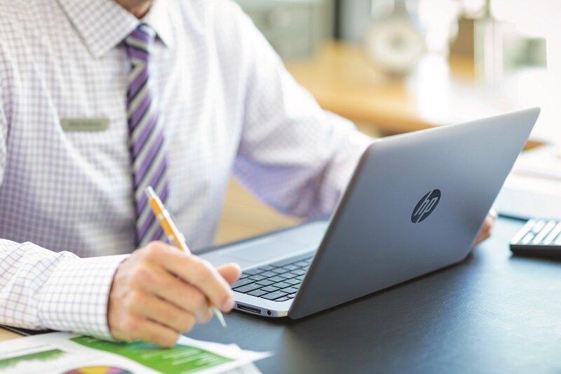 Laptop HP có thiết kế đẹp mắt cùng chất lượng ổn định