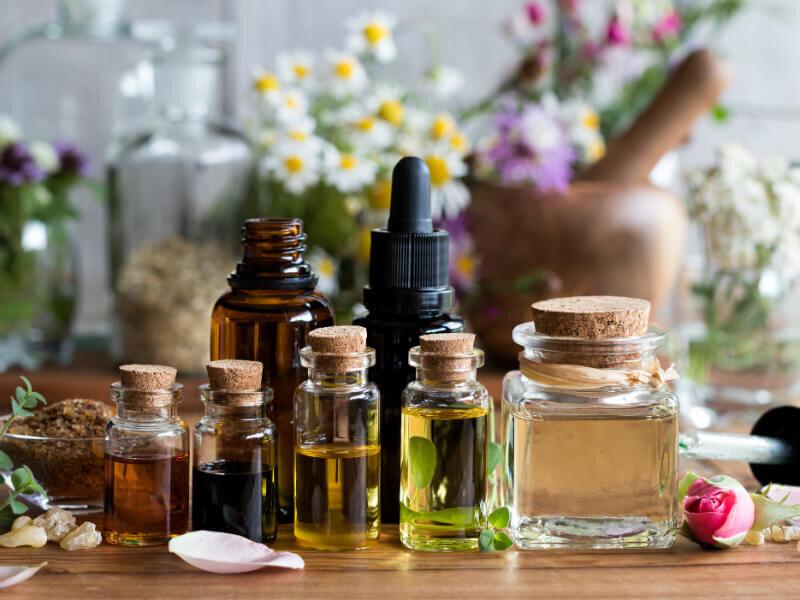 Tác dụng của tinh dầu Đàn Hương là gì