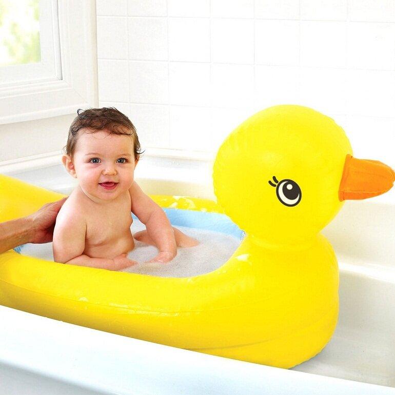 Chậu tắm cho bé Munchkin