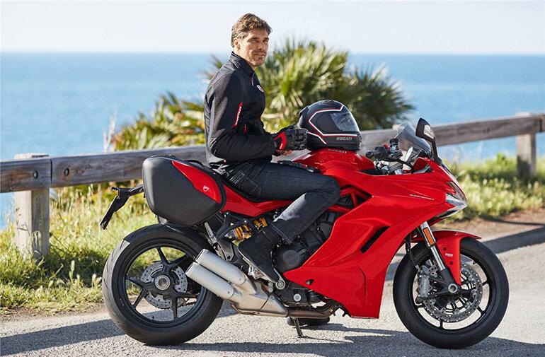 Nên chọn Ducati Supersport hay 959 Panigale