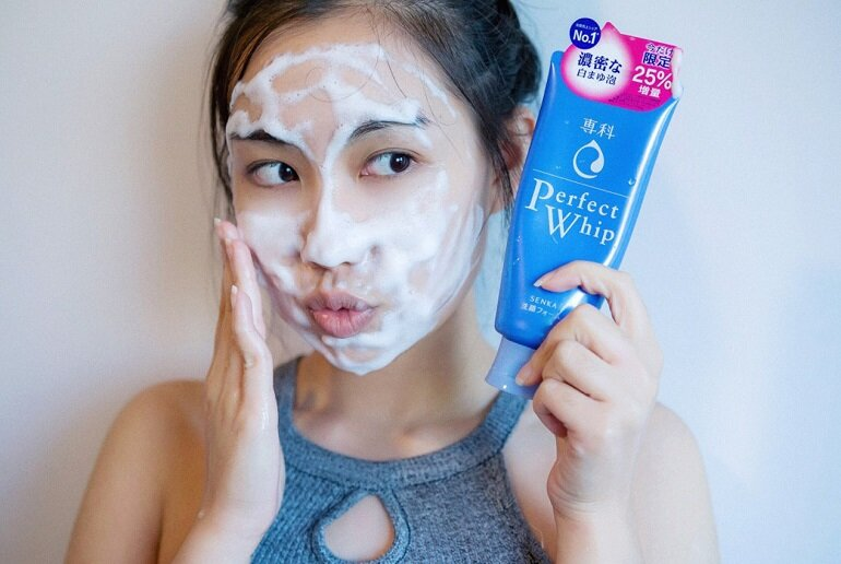 Thông tin về thương hiệu sữa rửa mặt senka