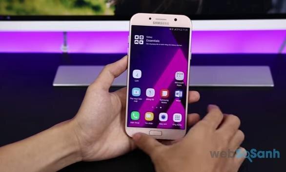 Điện thoại Galaxy A7 (2017)