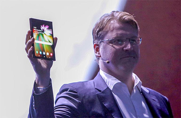 smartphone màn hình có thể gập
