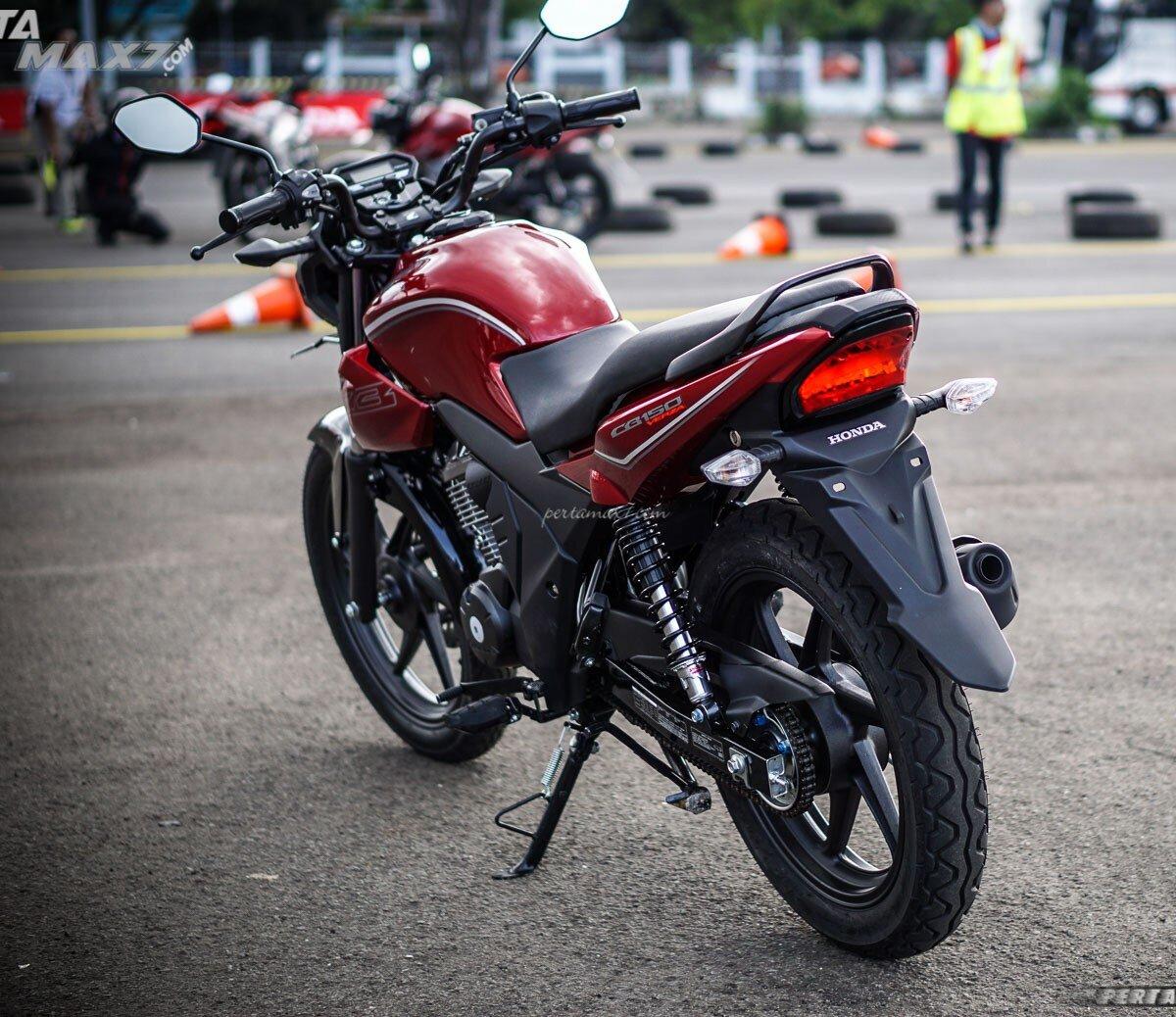 Honda CB150 Verza thời trang, cá tính tôn lên nét mạnh mẽ