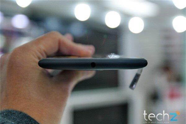 Mở hộp Lumia 1520 chính hãng tại Việt Nam: Trên cả tuyệt vời-image-1385719013375