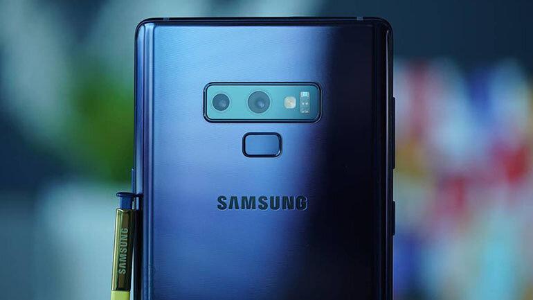Mặt lưng sau tích hợp 4 camera chất lượng cao (Nguồn: as.com)