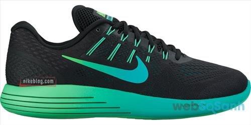 Giày chạy bộ Nike LunarGlide phù hợp với bàn chân có độ lõm trung bình