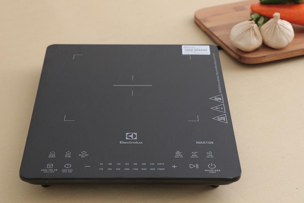 Electrolux ETD29KC thiết kế nhỏ gọn, chiếm ít diện tích