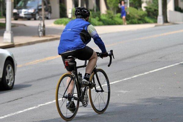 Rèn luyện sức khỏe với xe đạp rất tốt