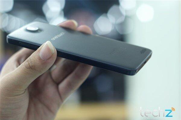 Trên tay Alcatel One Touch Idol: Lựa chọn tầm trung sáng giá-image-1385547347036
